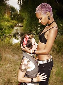 Cunnilingus,  Heels,  Lesbian,  Juliaann Pictures & Videos |