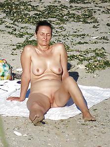 Nude Beach Amateur Milf