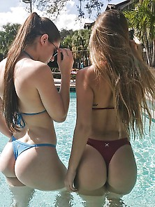 Dos Culos Perfectos - Two Perfect Butts
