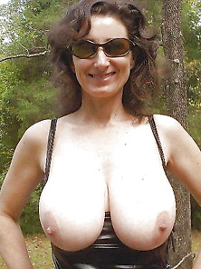 Big Girls Flashing Or Nip 71
