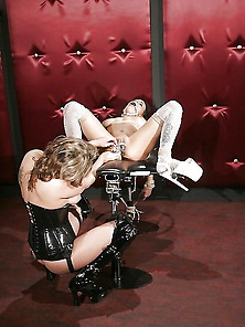 White Boots To Fuck Sexy Mature Sluts Group Sex Lesbian Bdsm