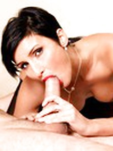 Short-Haired Cougar Blowjob