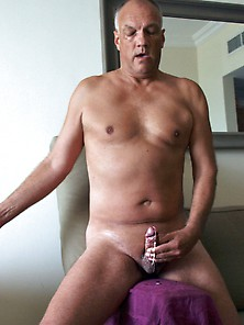 Porn Actor Cane Showing A Porn Action