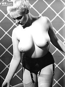 Naked photo Manuel ferrara cumshot gif