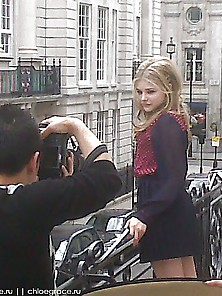 Chloe Grace Moretz Adorable Japan Photoshoot