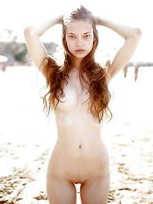 Redhead Fuck-Nymph Naked On Beach-2